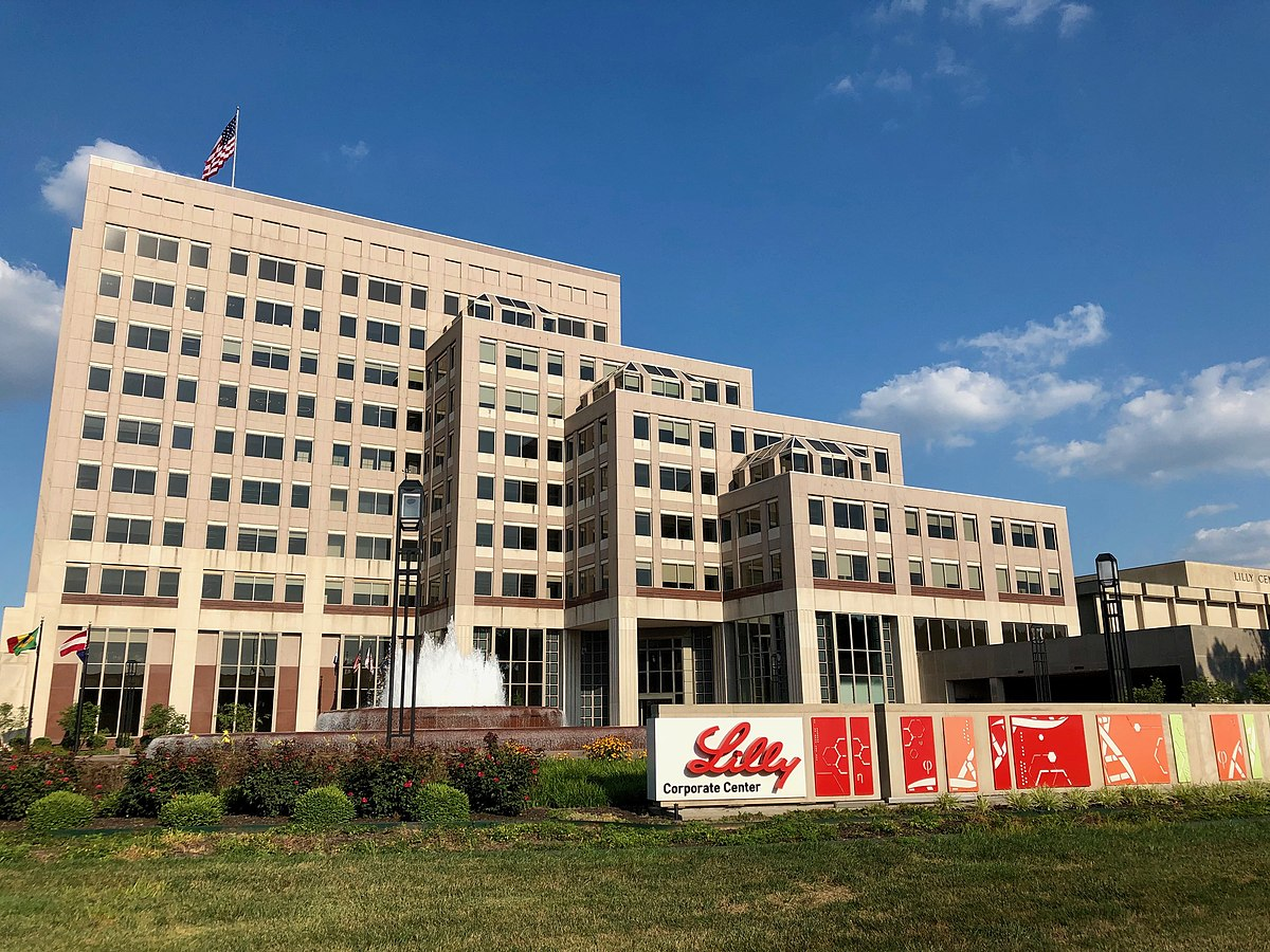 Lilly corporate centre in Indianapolis, Indiana. (Credit: Momoneymoproblemz/Wikipedia.)