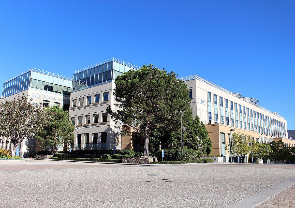 Amgen headquarters in Thousand Oaks, California. (Credit: Coolcaesar/Wikipedia.)